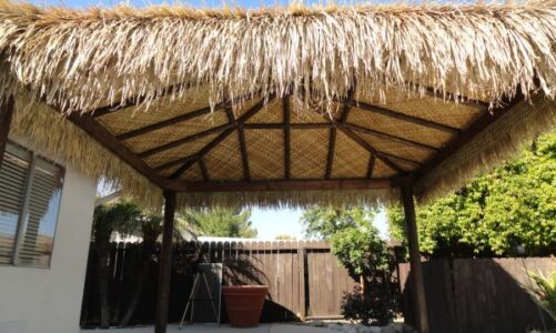 Benefits Offered by Tiki Thatch Rolls for Roof Construction Needs